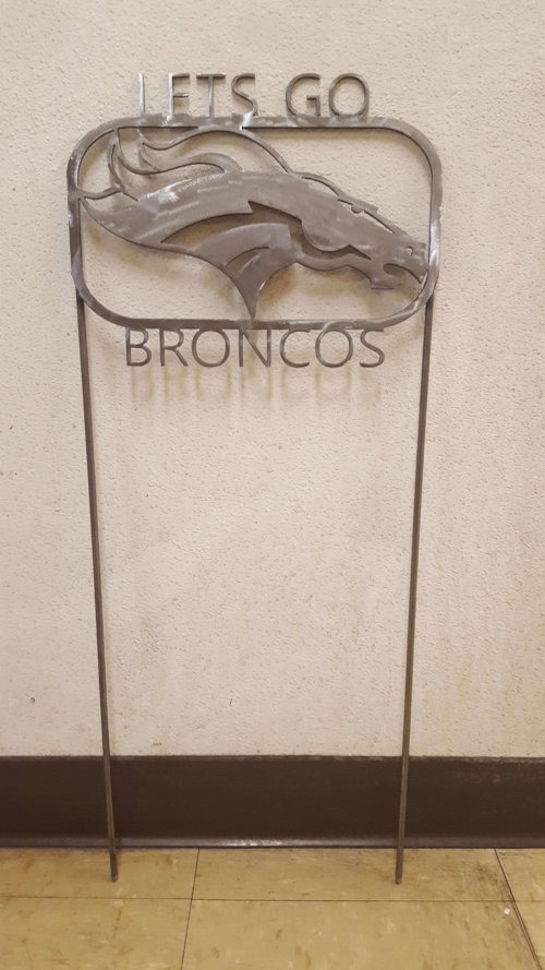 broncos-lawn-ornament-1